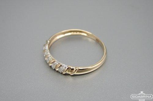 Žiedas su deimantais