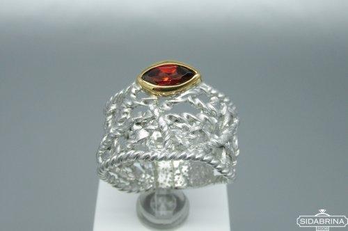 Žiedas su granatu