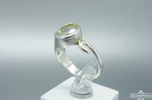 Žiedas su kalnų krištolu