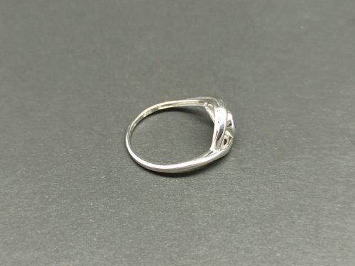 Žiedas su korundu