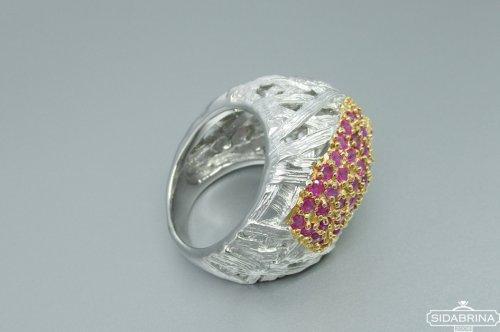 Žiedas su rubinais