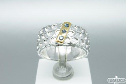 Žiedas su safyrais