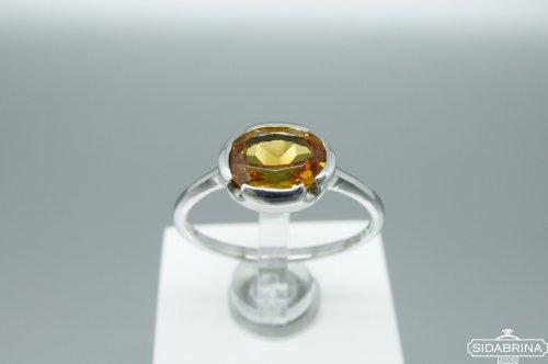 Žiedas su zultanitu